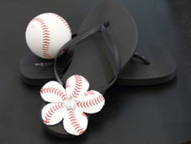how to make flowers for baseball thongs