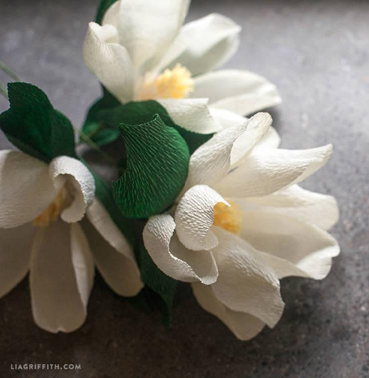 DIY Crepe Paper Magnolia