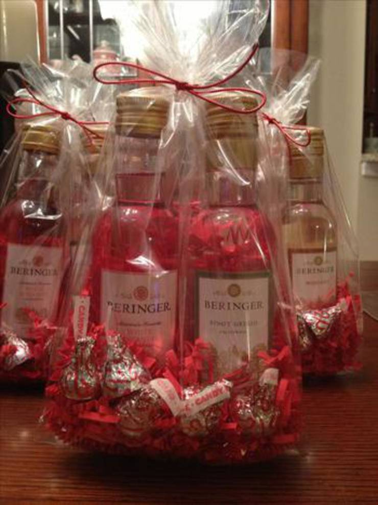 Mini Wine Favors