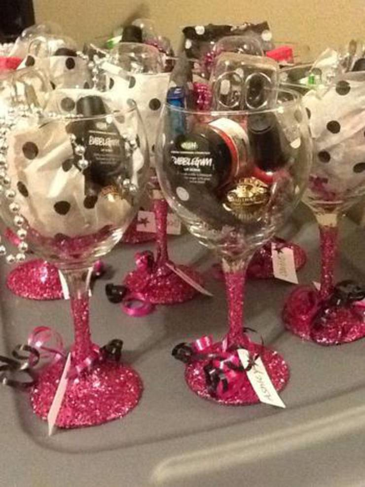 Wine Glass Favor