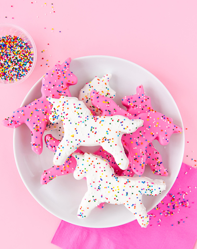 DIY Unicorn Circus Animal Cookie Favor idea