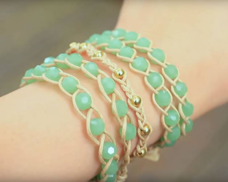 DIY Boho Arm Candy Wrap Friendship Bracelets - Easy - How to make friendship bracelets - easy step by step instructions. Patter bracelets & more with string, beads and charms. Great for tutorial beginners - DIY bracelets for kids, teens, tweens and adults!