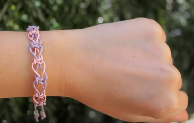 DIY Friendship Bracelets! EASY Stackable Arm Candy Projects - How to make friendship bracelets - easy step by step instructions. Patter bracelets & more with string, beads and charms. Great for tutorial beginners - DIY bracelets for kids, teens, tweens and adults!