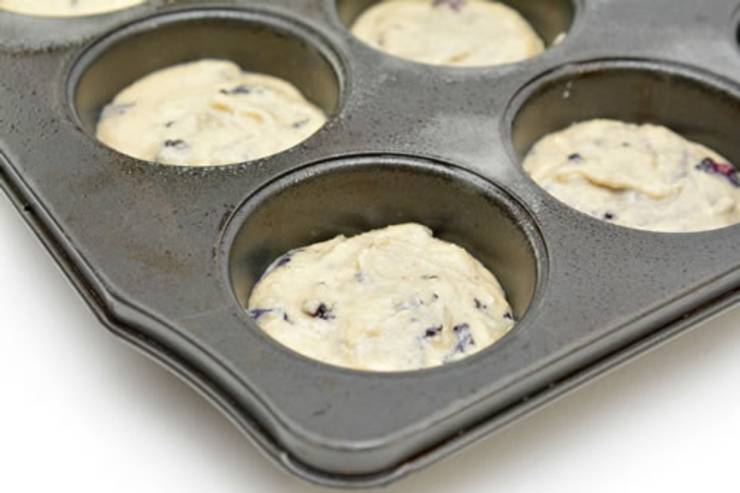 keto blackberry muffins_low carb breakfast muffins_keto recipe