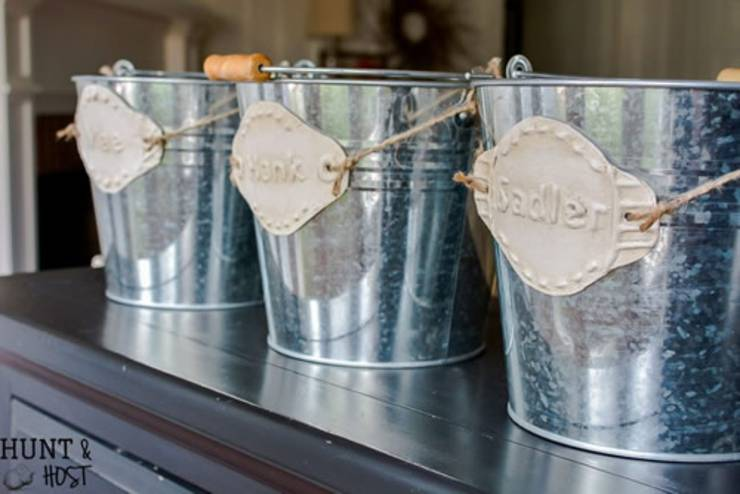 Dollar Store Storage hack_DIY-Tin-organizing-labels-personalized-label-making - DIY Dollar Store Hacks   Organization & Storage Ideas - DIY Projects For Home
