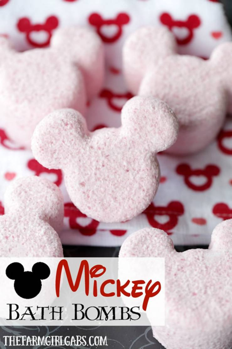 Homemade DIY Mickey-Bath-Bombs-Pinterest