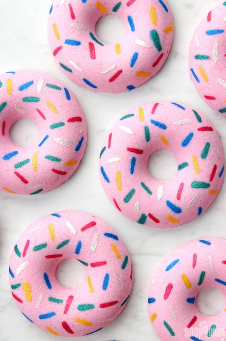 How-to-Make-Doughnut-Bath-Bombs