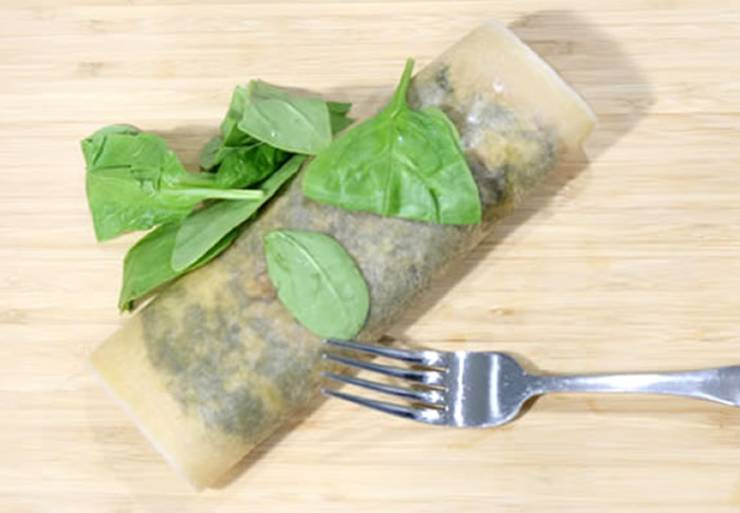 Keto Breakfast Recipe - Low Carb Egg - Spinach - Coconut Wrap - Gluten Free - Easy