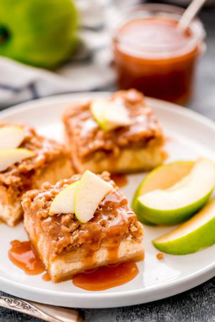 Caramel Apple Cheesecake Bars! Delicious Caramel Apple Dessert - Simple & Easy Recipes For Fall Treats & Parties Families & Kids Will Love