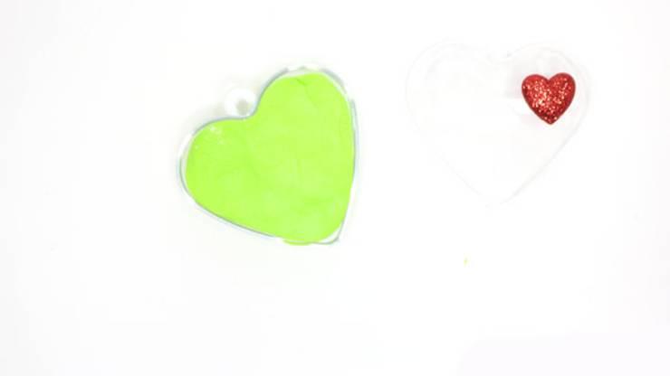 Grinch Crafts How To Make Edible Playdough Easy Diy Edible