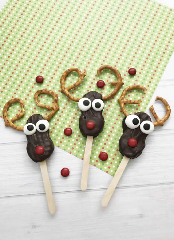 Reindeer Cookies! Easy Nutter Butter Reindeer Cookie Idea-Rudolph The Red Nosed Reindeer Decorated Cookie-Cute & Simple Chocolate-Sweet Treats-Snacks-Holiday Cookies-Kids-Parties