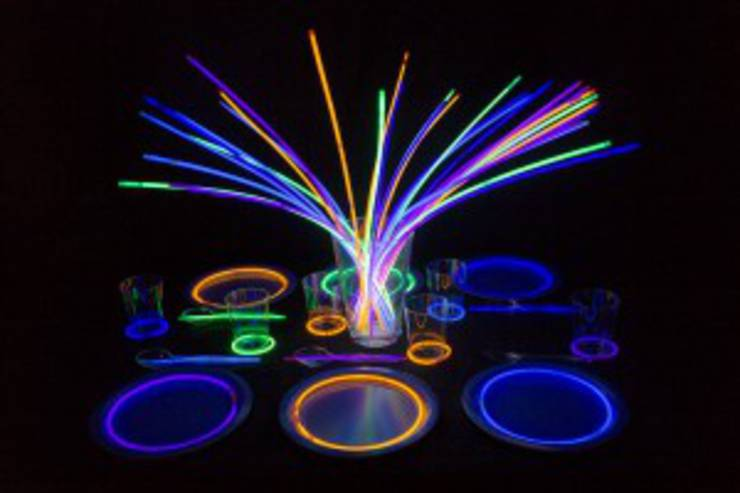 glow stick party favors