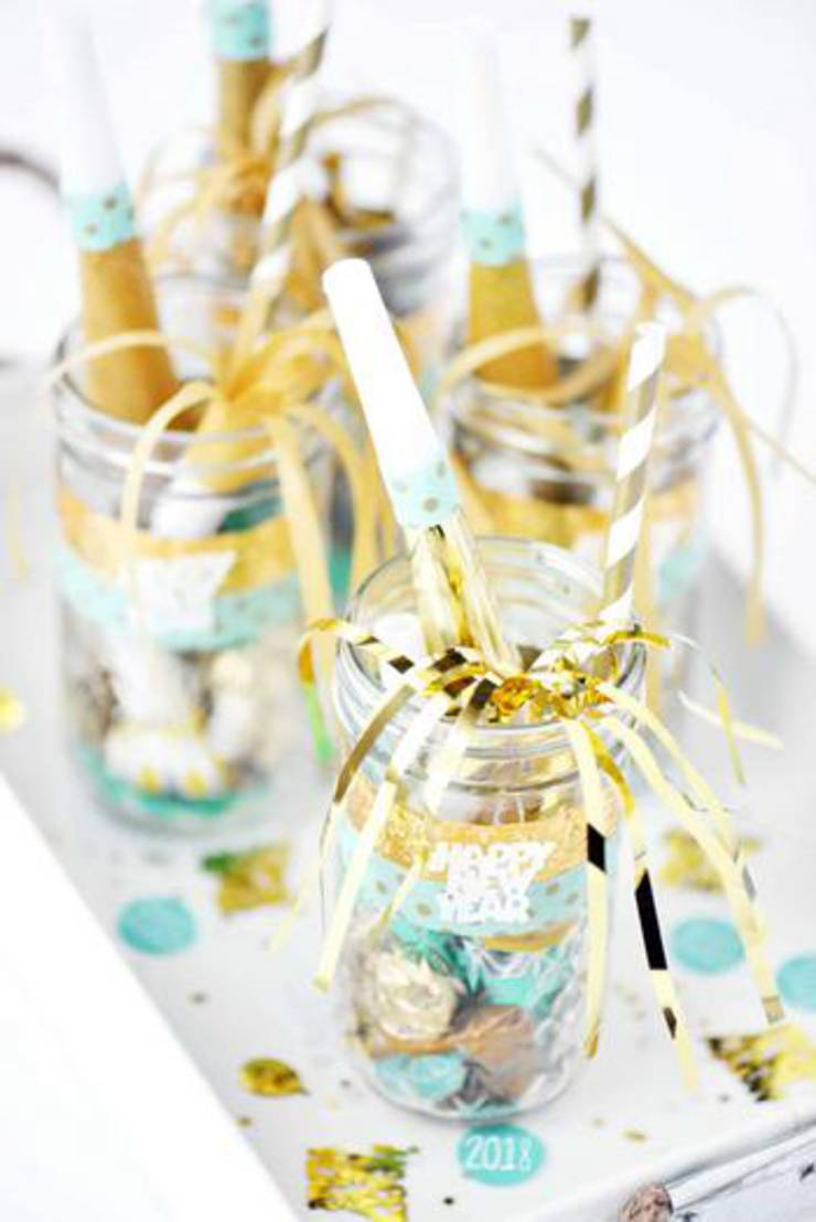 Mason Jar New Years Eve Party Favor