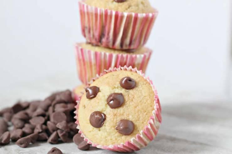 keto chocolate chip recipes - keto muffin breakfast - keto chocolate chip muffins_low carb breakfast muffins_keto recipe