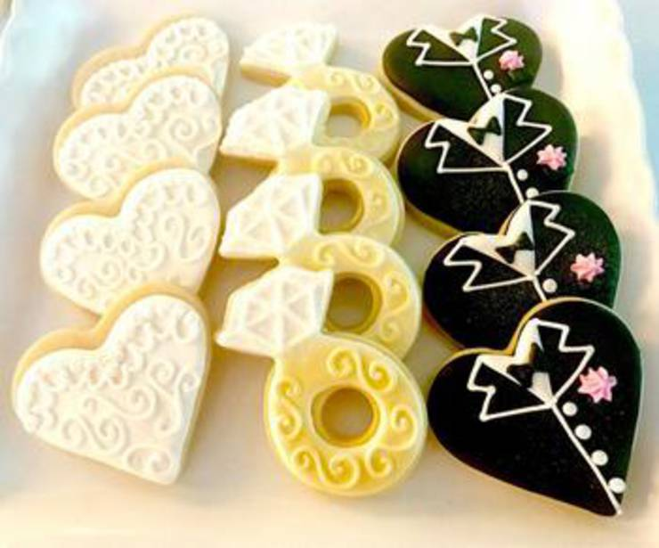 Tuxedo And Wedding Dress Cookie Wedding Favors