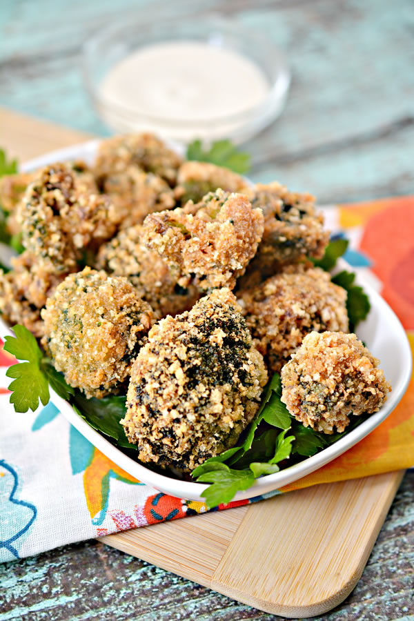 Keto Broccoli Bites | Low Carb Garlic Parmesan Broccoli Bites Recipe | Appetizers – Snacks – Party Food – Side Dish – Ketogenic Diet Idea