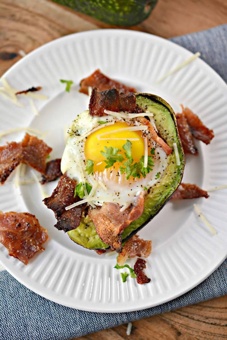 Keto Avocado Recipe_EASY Low Carb Avocado Bacon and Egg Cups_Healthy Ketogenic Diet Idea