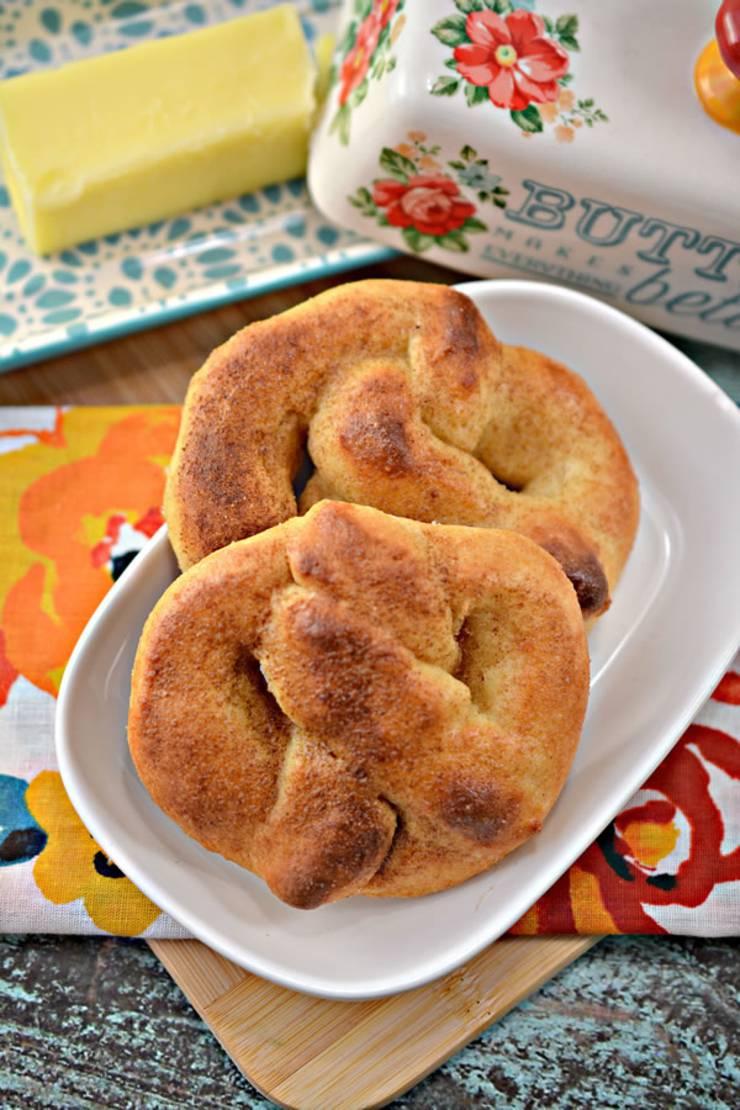 Weight Watchers Cinnamon Sugar Pretzel - BEST WW Recipe - Dessert - Breakfast - Treat - Snack with Smart Points
