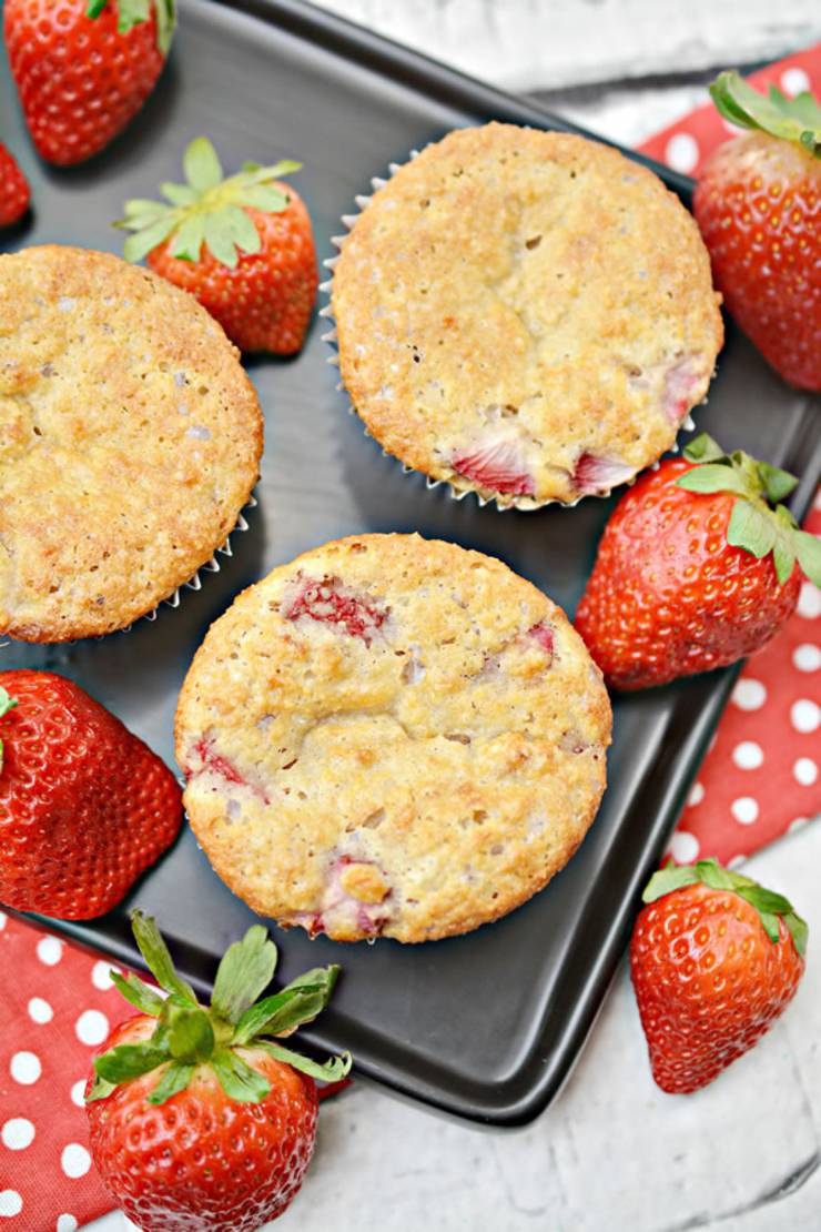 Weight Watchers Strawberry Muffins – BEST WW Recipe – Breakfast – Treat – Snack with Smart Points