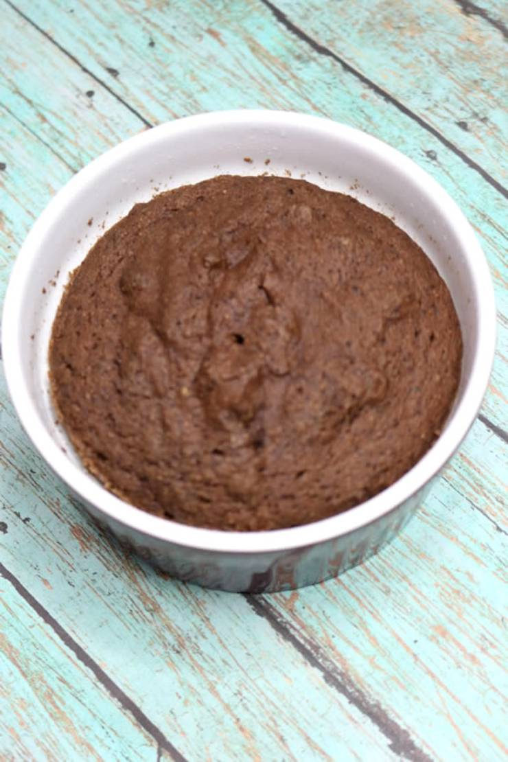 Keto Mug Cakes! Low Carb Microwave Chocolate Mug Cake Idea – BEST Quick & Easy Ketogenic Diet Recipe – Completely Keto Friendly - Sugar Free - Gluten Free