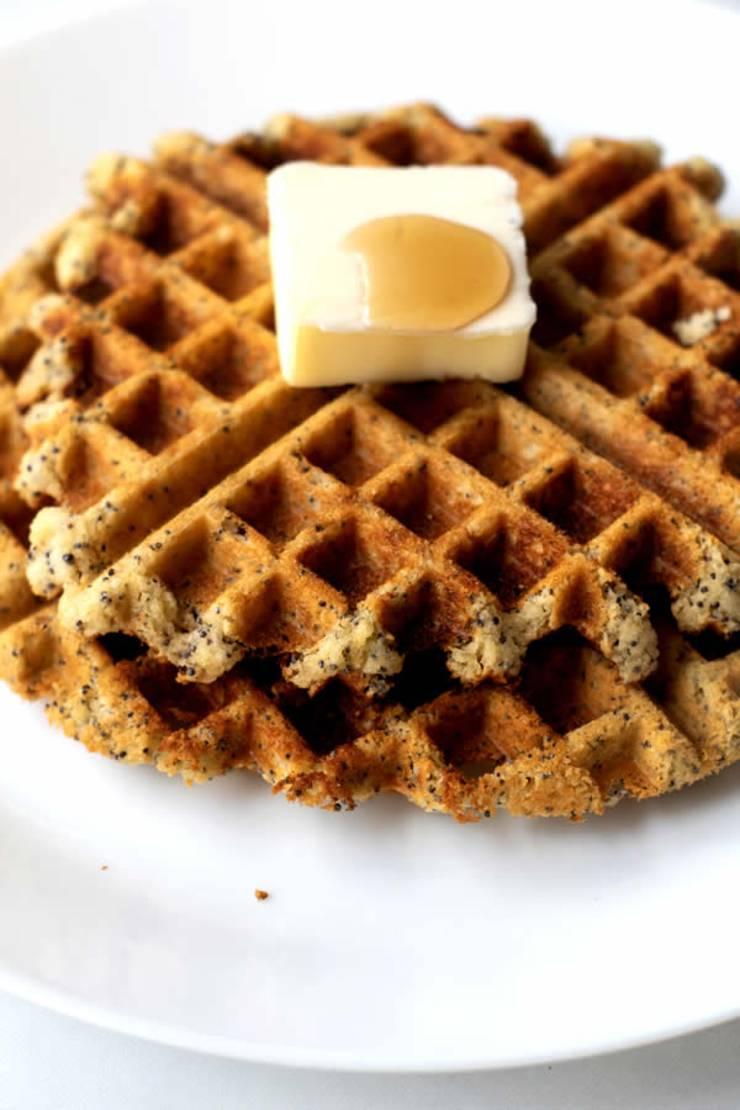 Keto Waffles! Easy Low Carb Waffle Idea – BEST Fluffy - Crispy - Ketogenic Diet Recipe – Completely Keto Friendly - Gluten Free - Sugar Free