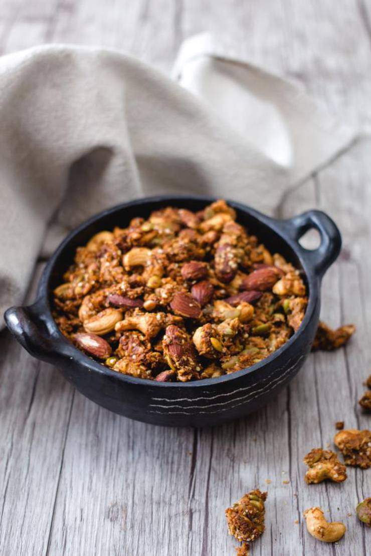 BEST Keto Granola! Low Carb Keto Peanut Butter Granola Idea – Quick & Easy Ketogenic Diet Recipe – Completely Keto Friendly