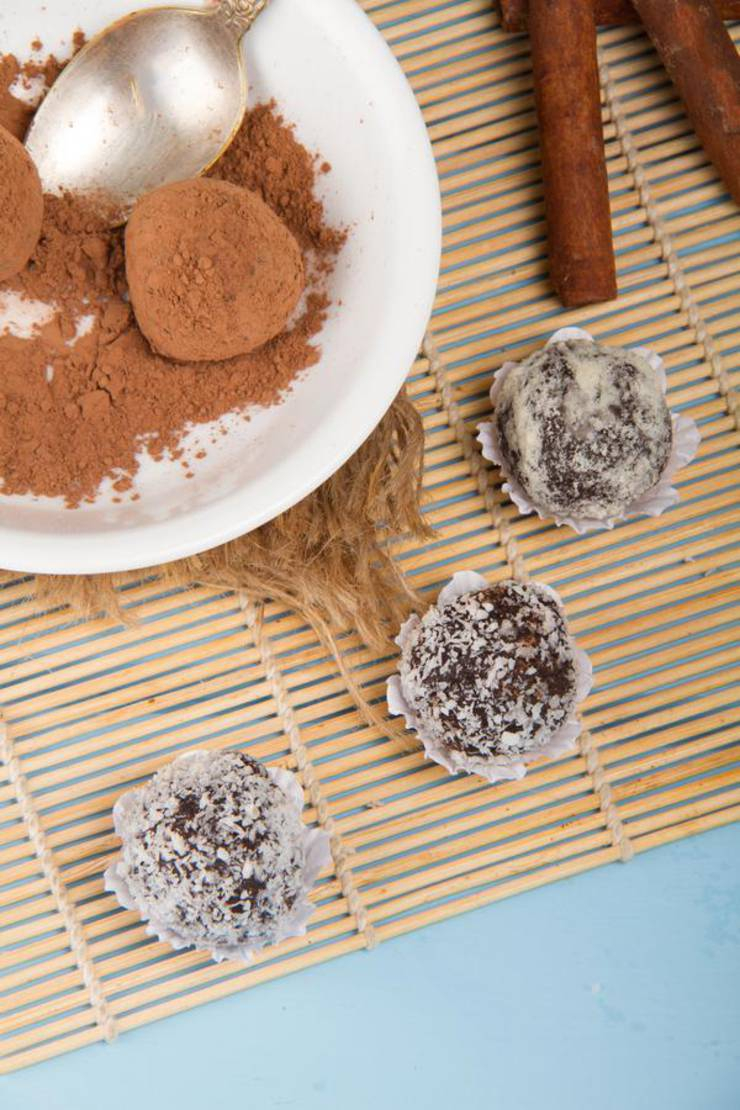 Keto Fat Bombs! BEST Chocolate Truffle Fat Bombs – {Easy – NO Bake} NO Sugar Low Carb Recipe