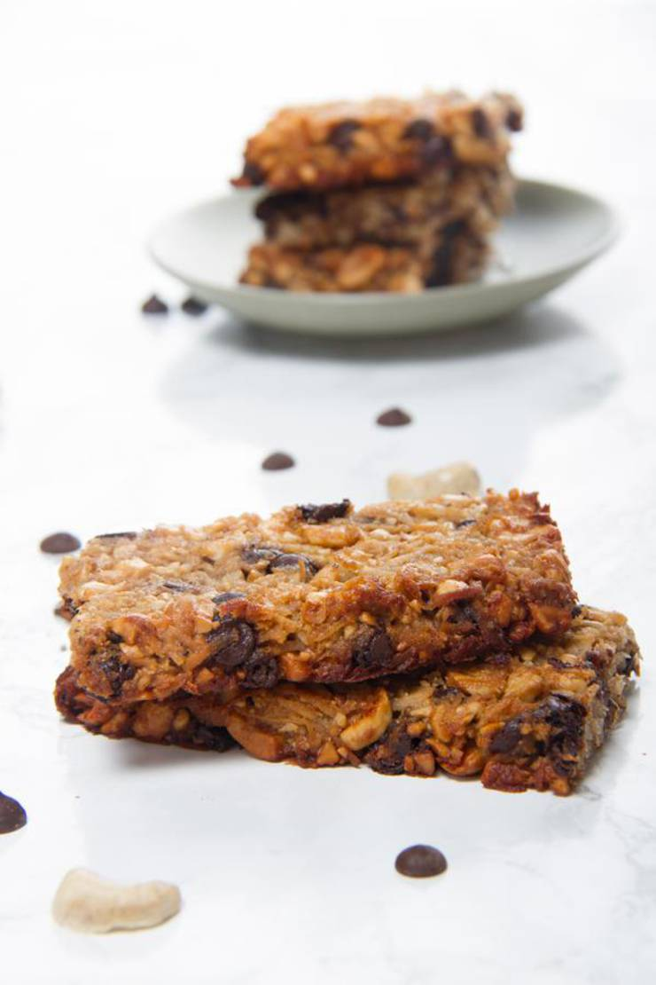 BEST Keto Granola Bars! Low Carb Keto Chocolate Chip Granola Bar Idea – Quick & Easy Ketogenic Diet Recipe – Snacks - Desserts - Breakfast