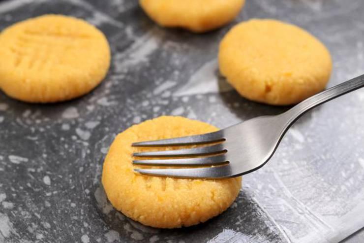 Keto 3 Ingredient Lemon Cookies