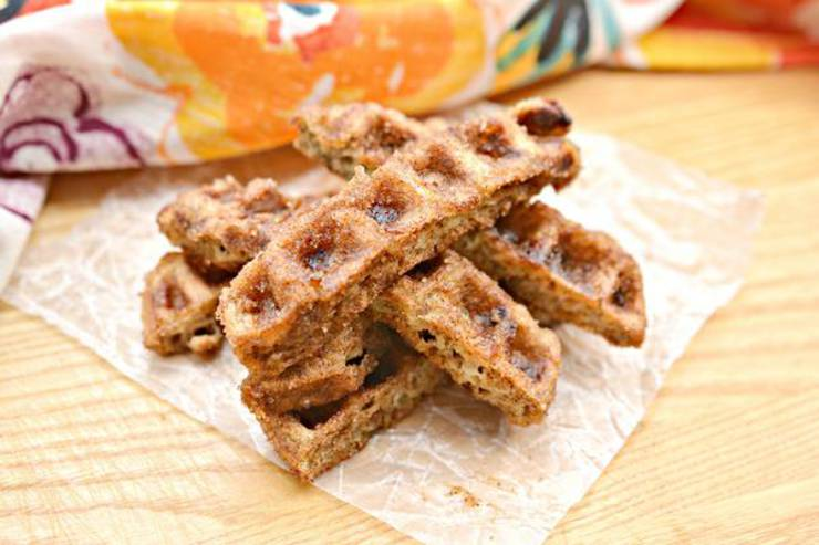 BEST Keto Chaffles! Low Carb Churro Chaffle Idea – Homemade – Quick & Easy Ketogenic Diet Recipe – Completely Keto Friendly