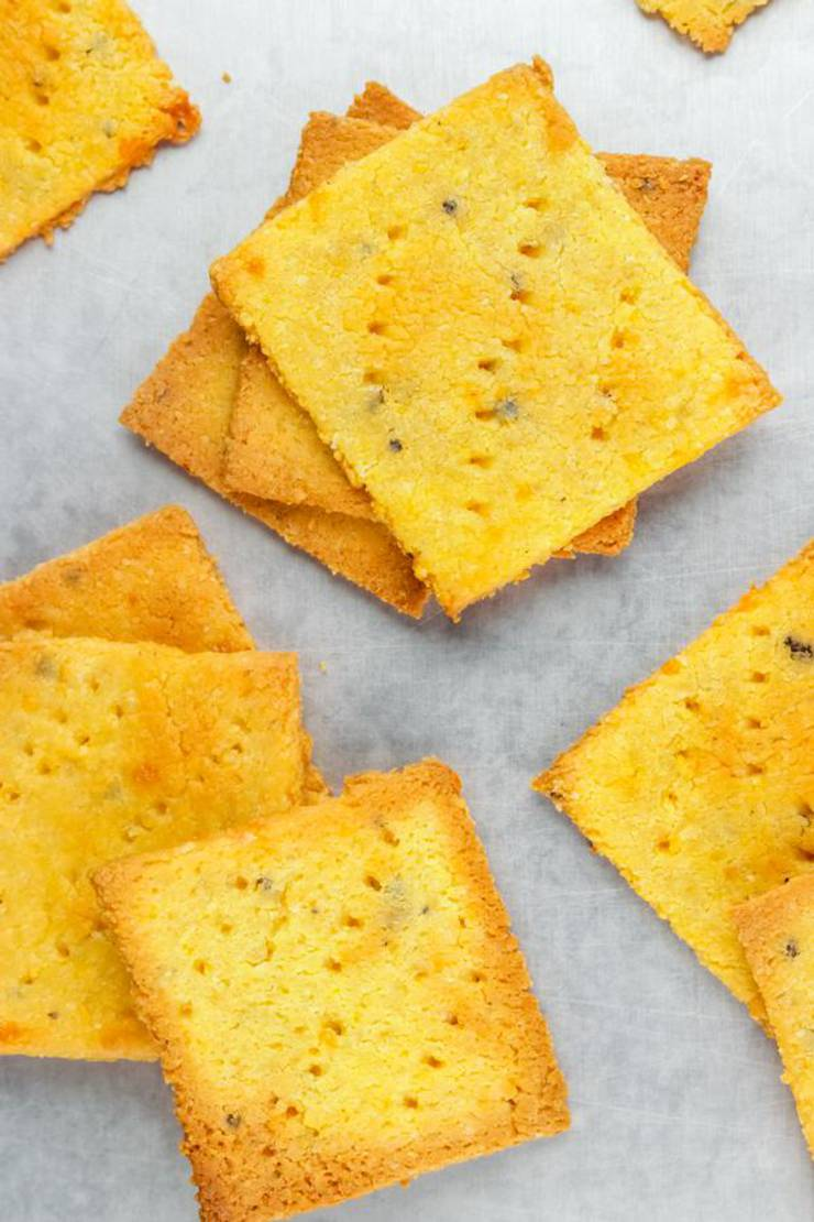 Keto Crackers – BEST Low Carb Keto Cheese Crackers {Easy – Homemade}