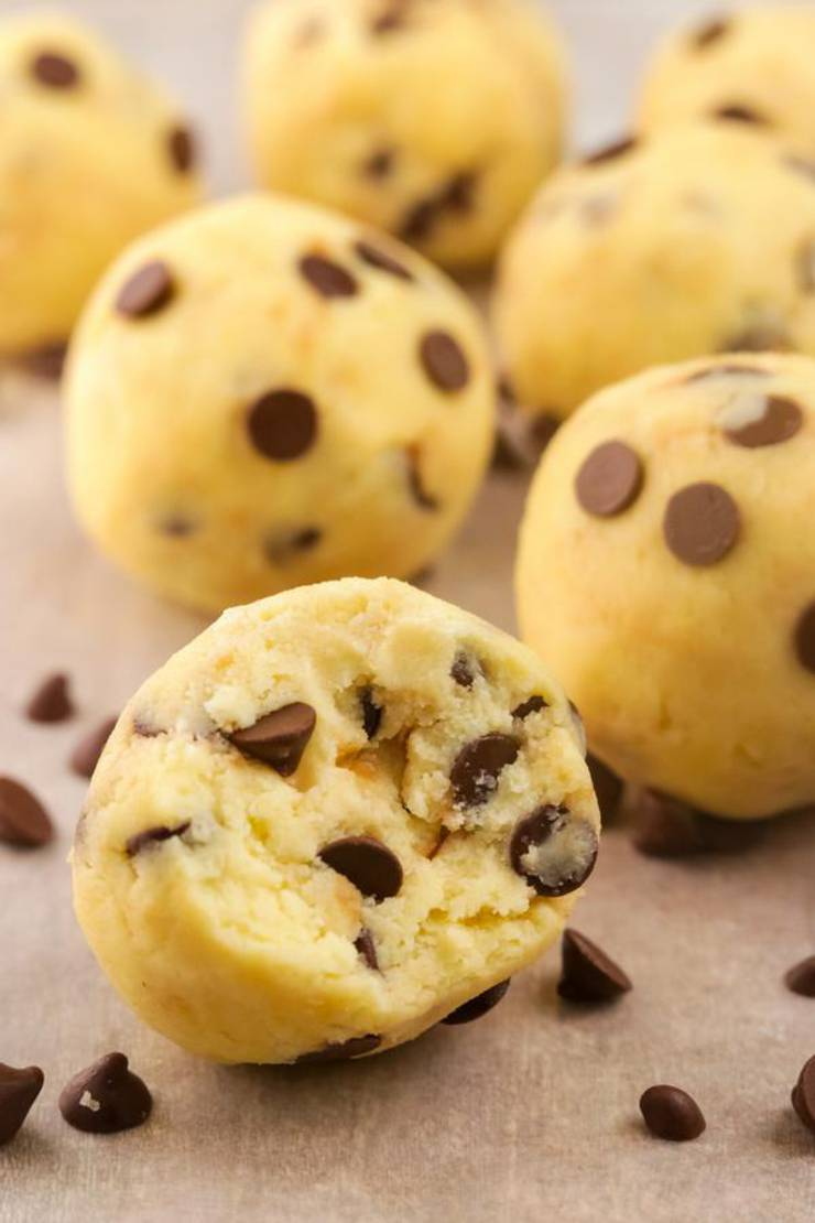 BEST Keto Fat Bombs! Low Carb Keto Chocolate Chip Cookie Fat Bombs Idea – No Bake – Sugar Free – Quick & Easy Ketogenic Diet Recipe