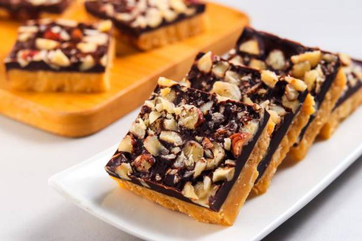 BEST Keto Toffee Bars! Low Carb Keto Toffee Bar Idea – Quick & Easy Ketogenic Diet Recipe – Snacks – Desserts