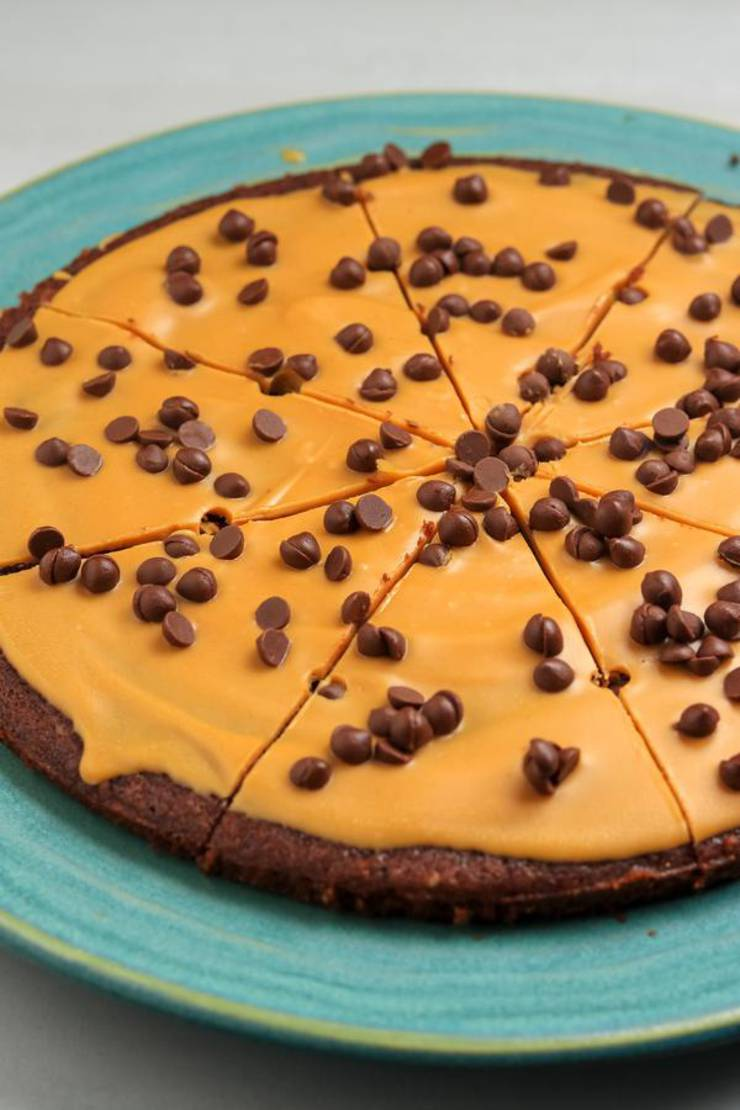 Keto Brownie Pizza – BEST Low Carb Peanut Butter Chocolate Recipe – Treat – Desserts – Snack For Ketogenic Diet – Gluten Free – Sugar Free