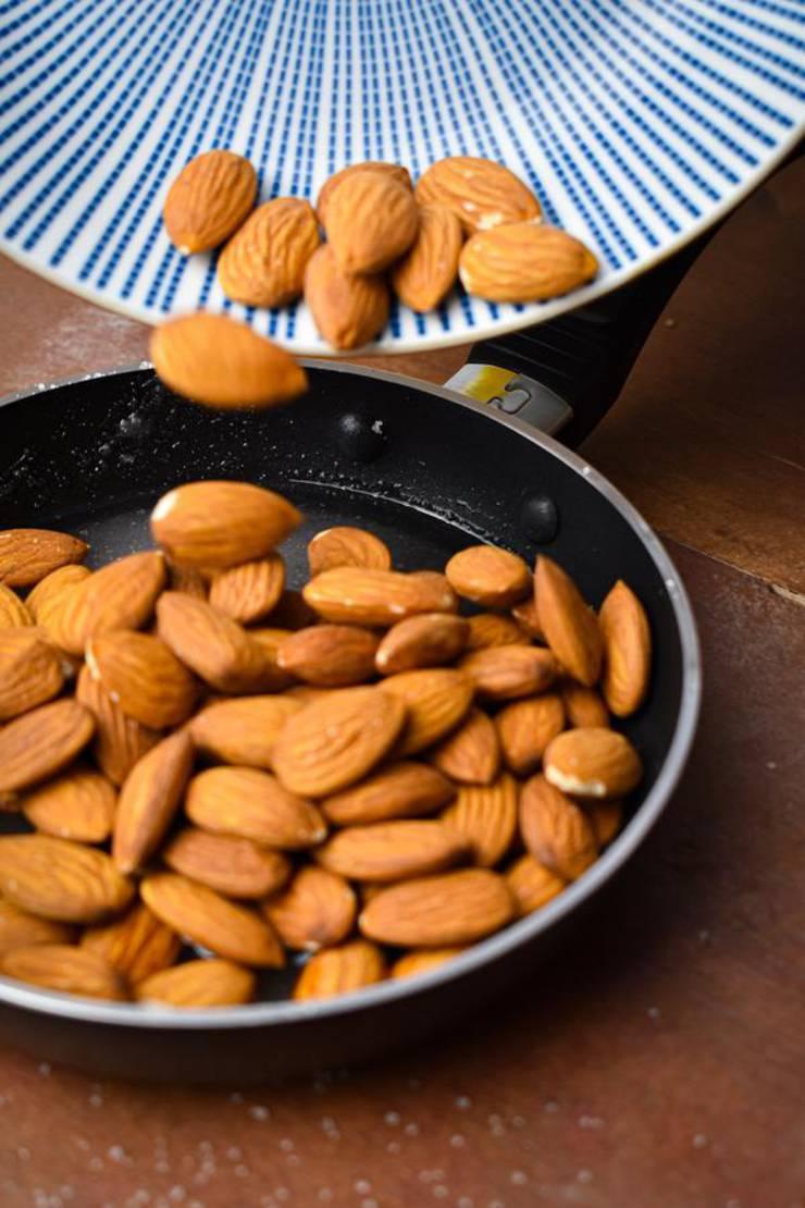 Keto Caramel Almonds
