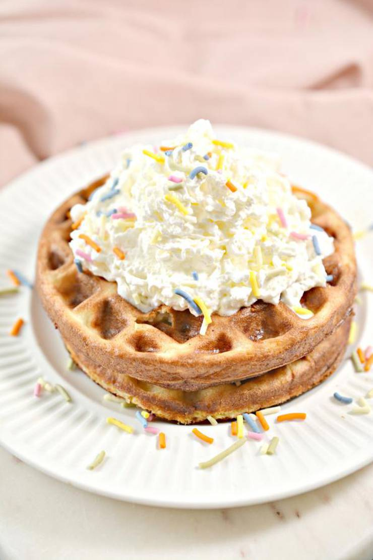 BEST Keto Chaffles! Low Carb Funfetti Chaffle Idea – Homemade – Quick & Easy Ketogenic Diet Recipe – Completely Keto Friendly