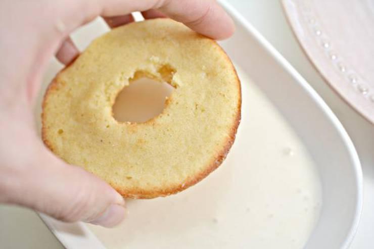 Keto Vanilla Cake Donuts With Glaze