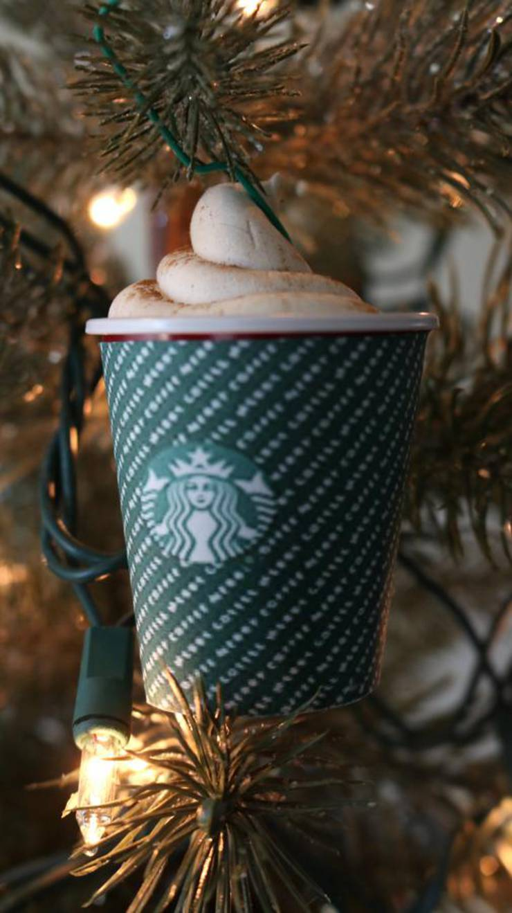 DIY Christmas Tree Ornaments - Easy Handmade Christmas Tree Decorations - Cheap Starbucks Christmas Cups Idea - How To Make