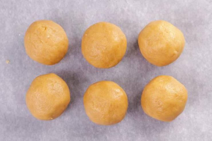 Keto Caramel Apple Cinnamon Fat Bombs