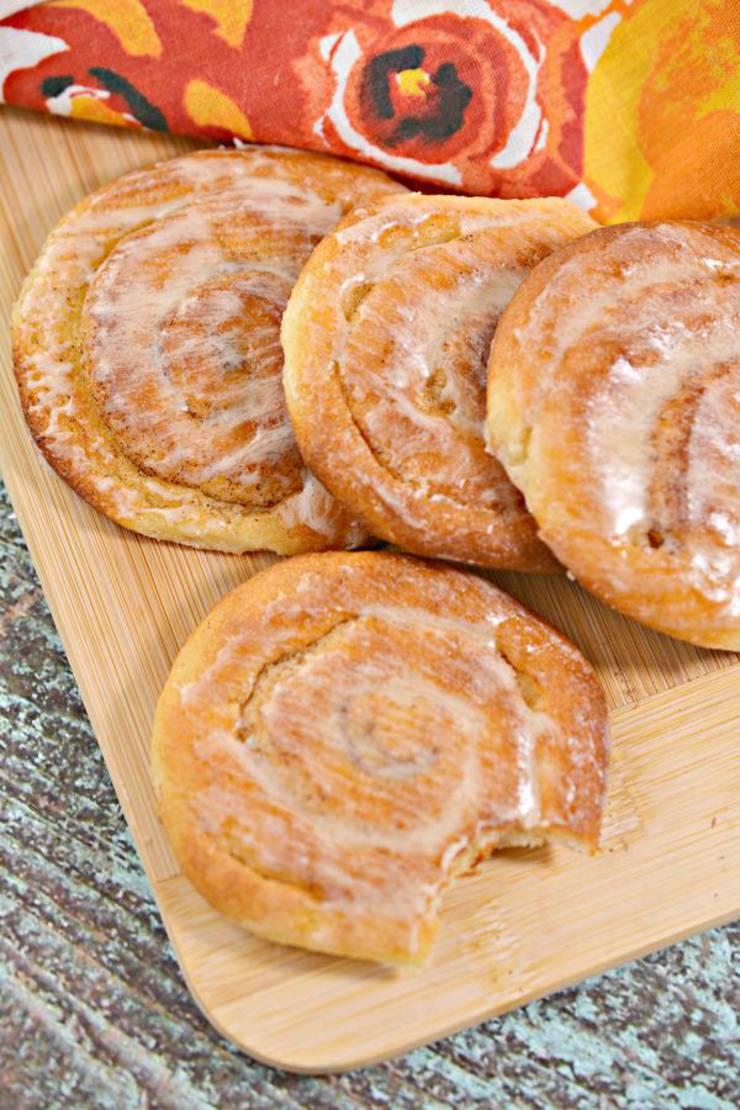 BEST Keto Cinnamon Rolls! Low Carb Ooey Gooey Honey Buns Idea – Quick & Easy Ketogenic Diet Recipe – Completely Keto Friendly