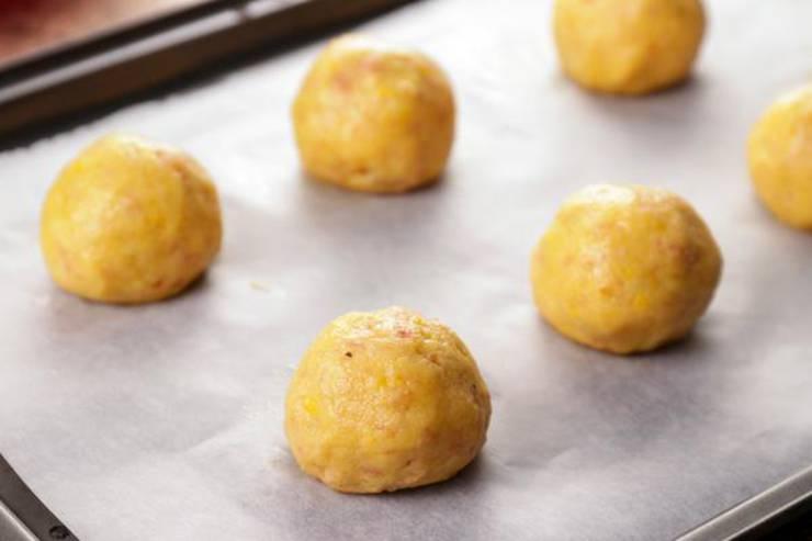 Keto Pizza Cheese Puffs