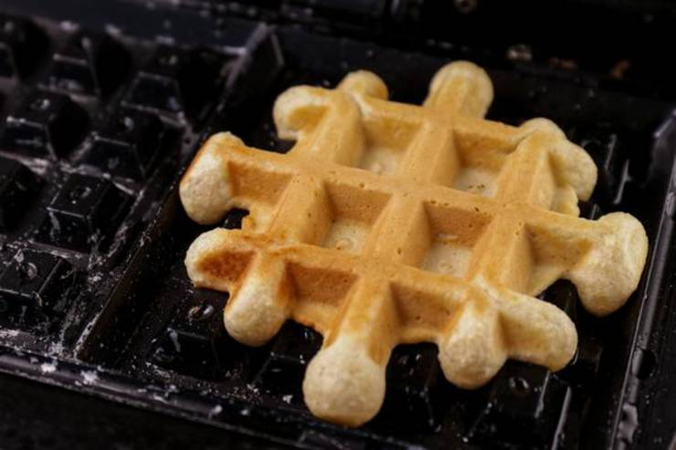 Keto Cinnamon Roll Waffle Cookies