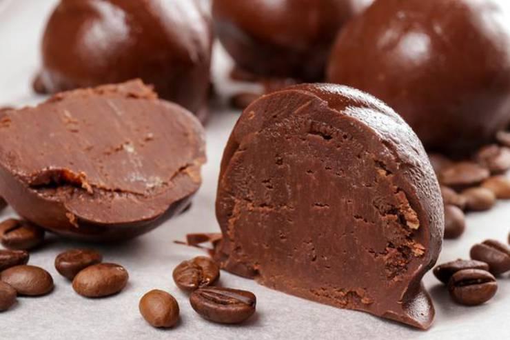 5 Ingredient Keto Fat Bombs – BEST Espresso Chocolate Fat Bombs – NO Bake – Easy NO Sugar Low Carb Recipe – Keto Friendly & Beginner – Desserts – Snacks