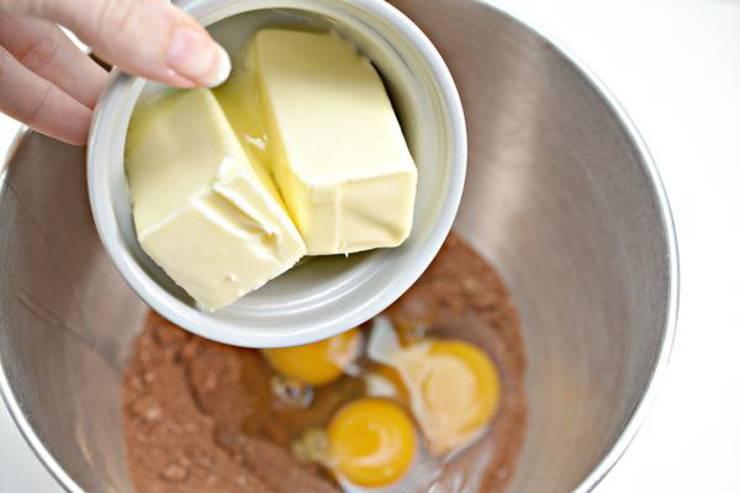 Keto Cookies And Cream Brownies