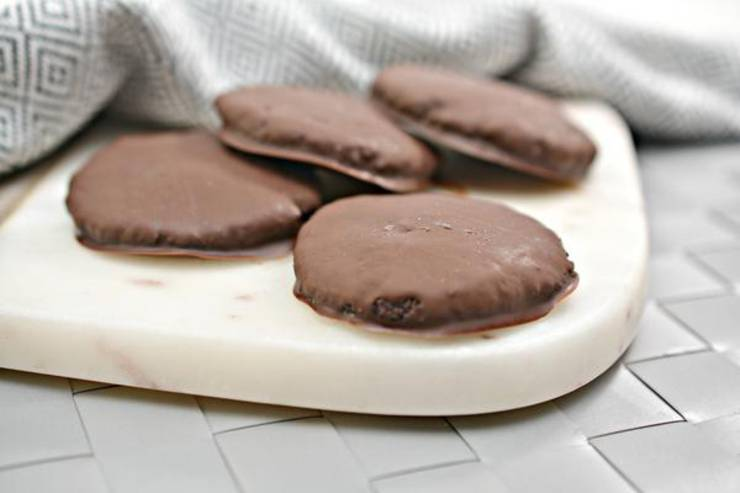 5 Ingredient Keto Cookies – BEST Low Carb Keto Thin Mint Cookies Recipe Copycat Girl Scout Cookies – Easy – Desserts – Snacks – Sweets – Keto Friendly & Beginner