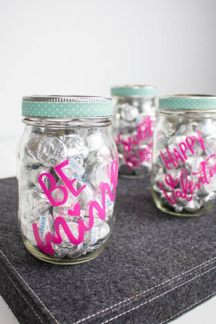 Cricut Crafts - BEST Valentine Cricut Craft Project You Will Love - Easy Candy Mason Jar DIY Cricut Idea With FREE SVG File