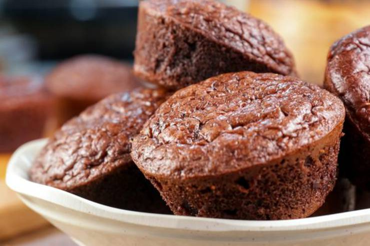 BEST Keto Muffins! Low Carb Chocolate 3 Musketeers Candy Chaffle Muffins Idea – Chuffin – Homemade – Quick & Easy Ketogenic Diet Recipe – Beginner Keto Friendly – Snacks – Desserts – Breakfast