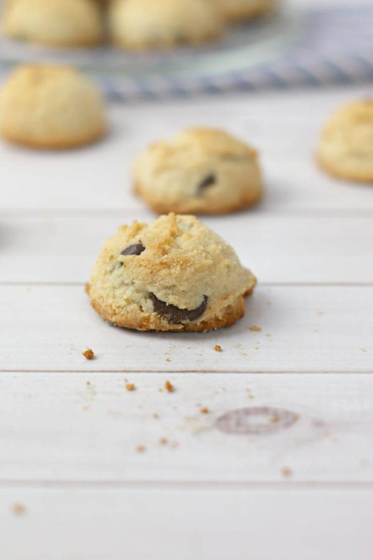 BEST Keto Cookies! Low Carb Chocolate Chip Cheesecake Cookie Idea – Quick & Easy Ketogenic Diet Recipe - Fat Bomb Cookie – Completely Keto Friendly