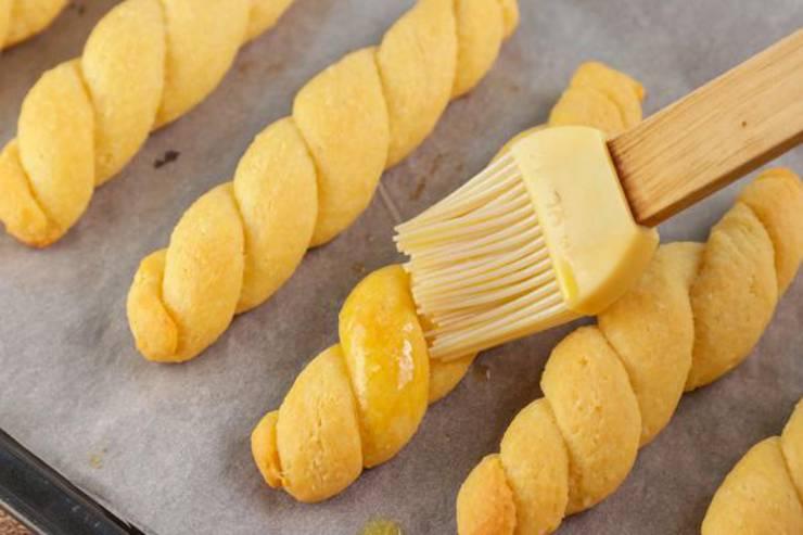 Keto Fathead Dough Garlic Cheddar Bread Twists
