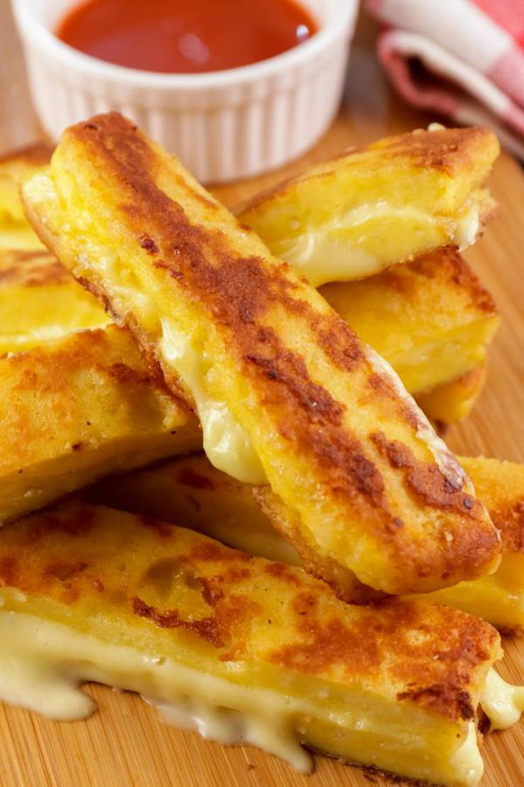 BEST Keto Grilled Cheese Sticks - Low Carb Keto Grilled ...